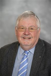 Profile image for Councillor Neil MacGregor